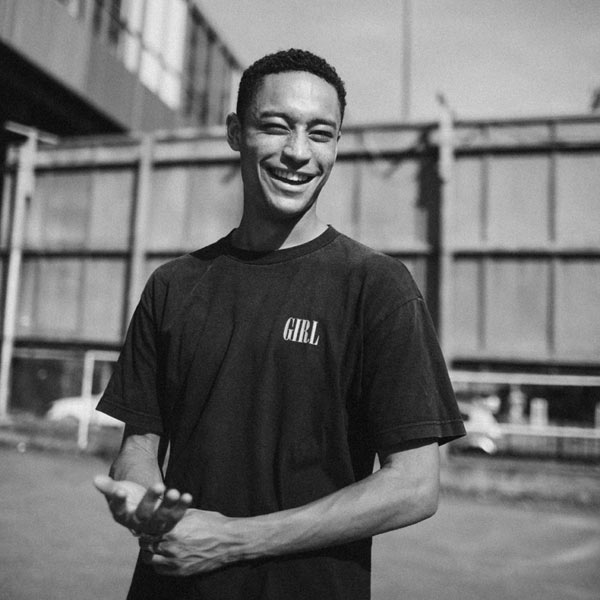LOYLE CARNER (UK)